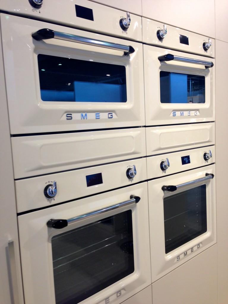 retro modern oven love